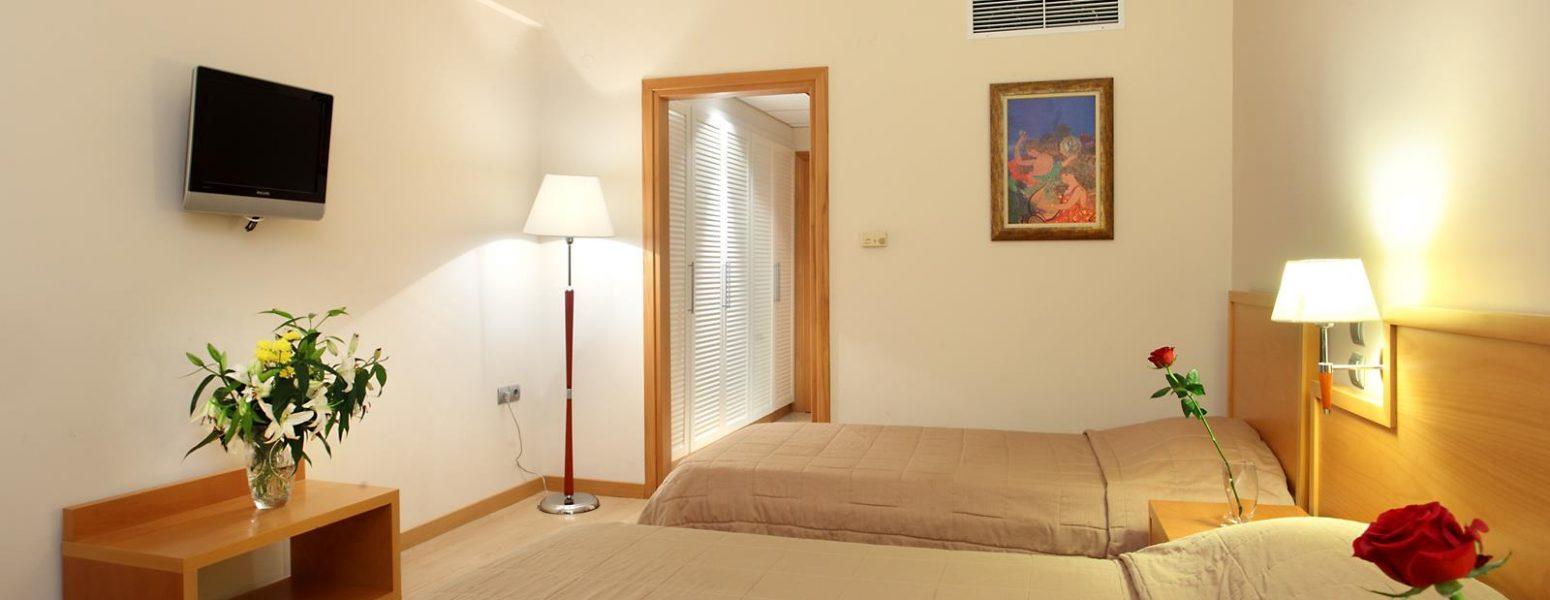 Double Room (Copy)